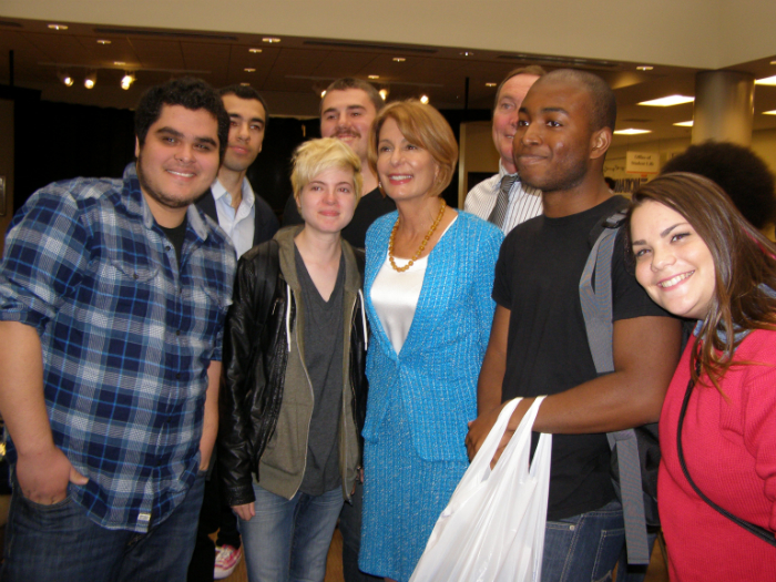 Buono with Bergen students